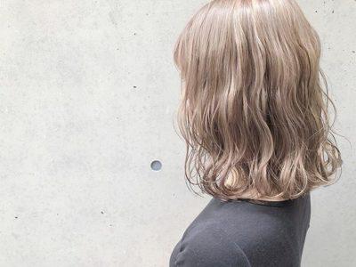 ティー 色 ミルク ベージュ 髪